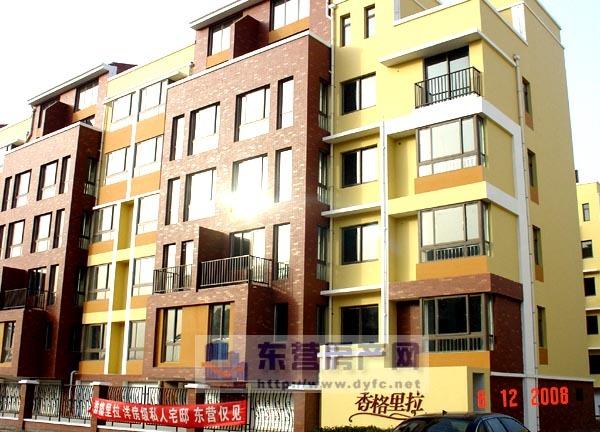 香格里拉4楼120平精装简单家具年租金1。2万第一次出租