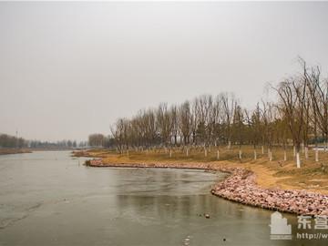 秋月湖公园