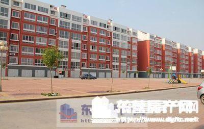 聚龙亨市场鑫盛苑小区110平米3室2厅1卫。