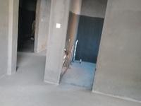 胜宏荣域电梯洋房 2楼 6层 137平 113万 毛坯 四室