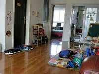 东城丽景国际3楼136平3室2厅2卫带车库136万证满5年临近丽景学校