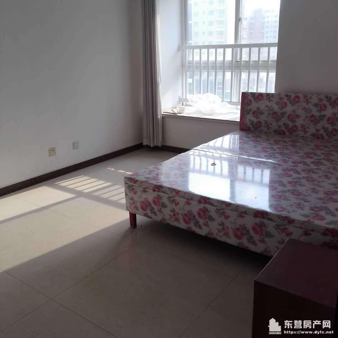 锦苑二区6楼带地下室