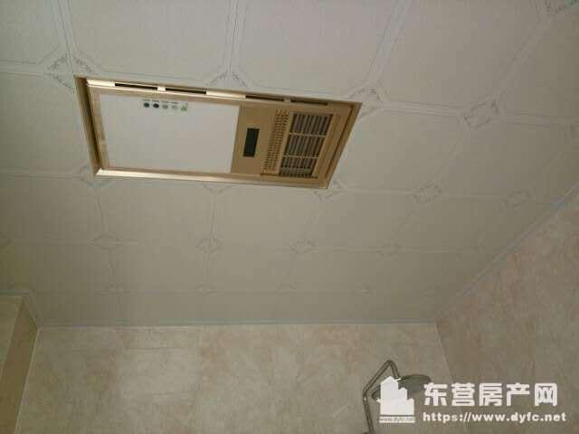 壹号院小高层5楼100平,精装修未住干净,3室2厅1卫,1.2万