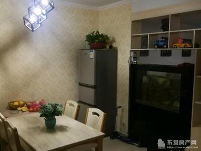 东城凤凰国际2楼134平3室2厅精装98.5万