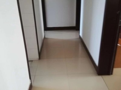 急售科达B区4楼160平储藏室120万四室两厅两卫