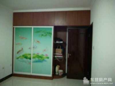 鲁班公寓5楼精装2室88平带地下室57万可议带家具