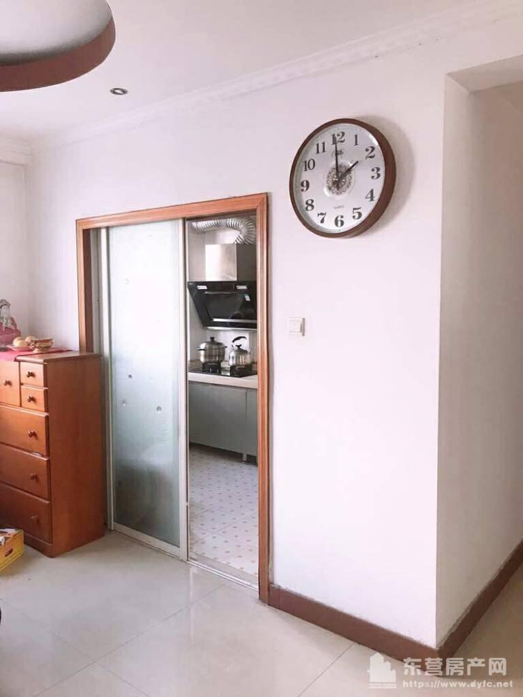 出售安和南区3室2厅1卫128平米138万住宅