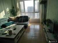 东城阳光100高层13楼140平3室精装105万带家具