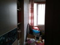 东辰鉴墅1楼206平米,另有车库储藏室,满5年,自己住的很爱惜
