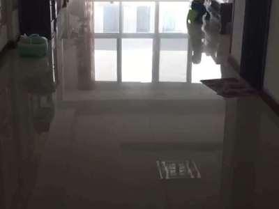 东城齐龙世纪花园3 4楼324平5室2厅3卫院子车库电梯中档装修270万