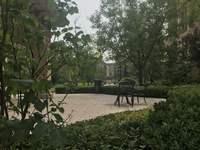 油田物华苑朝阳小区一楼85平,院子50平米随时看房