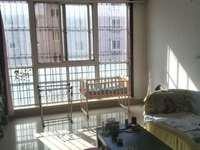 金山小区三楼100平,地下室,中装三室二厅一卫售83万