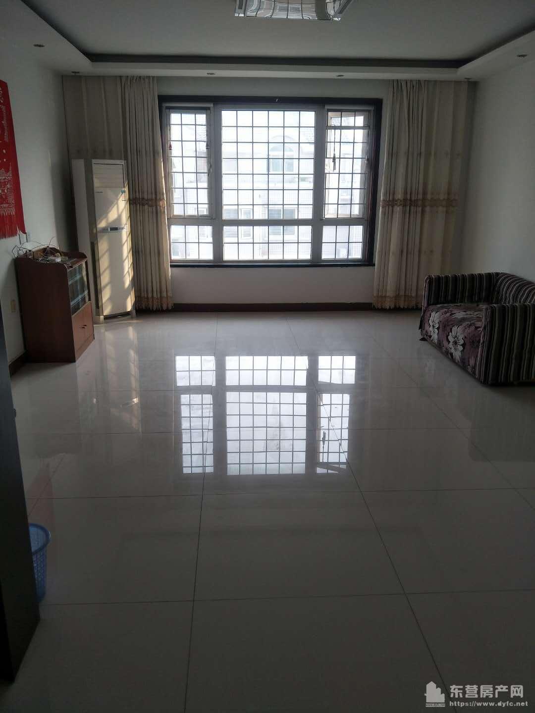 天鹅花园4楼165平米4室2室2卫