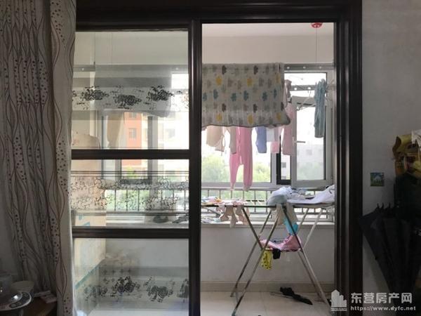 怡和家园2楼3室家具齐全拎包入住1.7