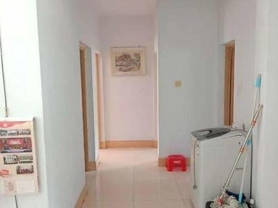 急售:东城明月小区2楼,3室,简单装修93平,带地下室