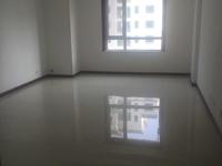 新区华泰国际豪园11楼172平三室现房精装未住120万