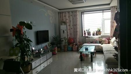 东城新居华府128平3室2厅精装证满3年急售118万