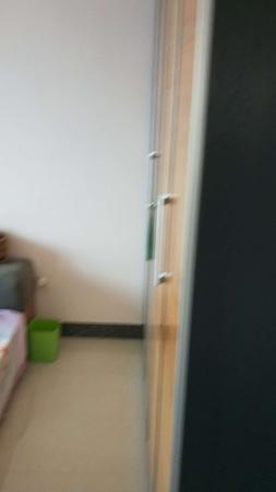 东城永兴花园4楼172平3室2厅精装修带储藏室证满230万