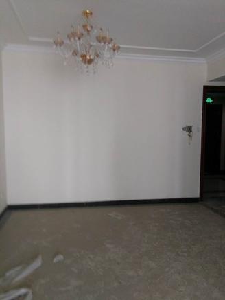 东城恒大生态城5楼130平3室2厅精装修未住急售90万