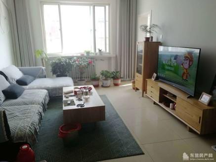 实图,金辰花园二楼109平,婚房装修,三室带家具家电82万急售!