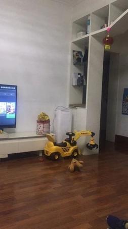东城沂河小区 九村 3楼100平精装3室带地下室满五唯一急售