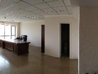 急售青年创业园复式办公室写字楼送全套办公家具