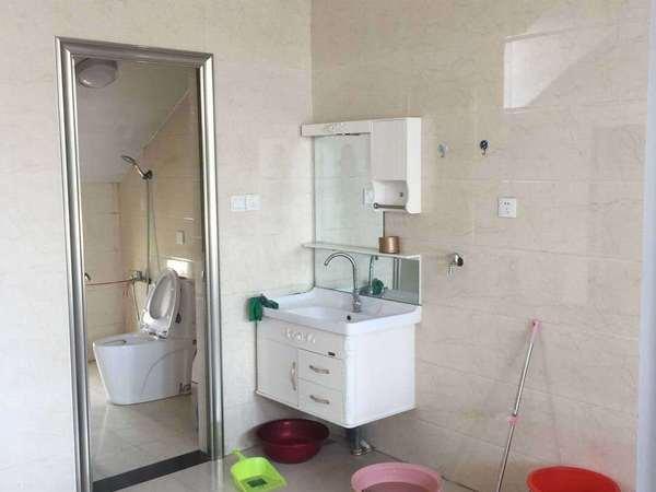 东城状元府120平带家具,空调免暖气费,物业费15000