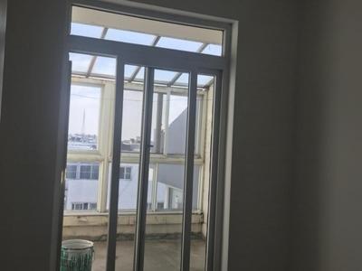 东城金鸿花园5楼复式239平6室2厅2卫精装带储藏室证满10
