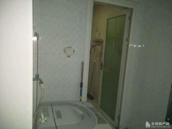 香格里拉3楼120平家具家电全中装第一次出租1.3万真实图片