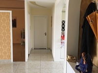 盛世龙城B区3室2厅2卫 150平米 带地下室证满二年