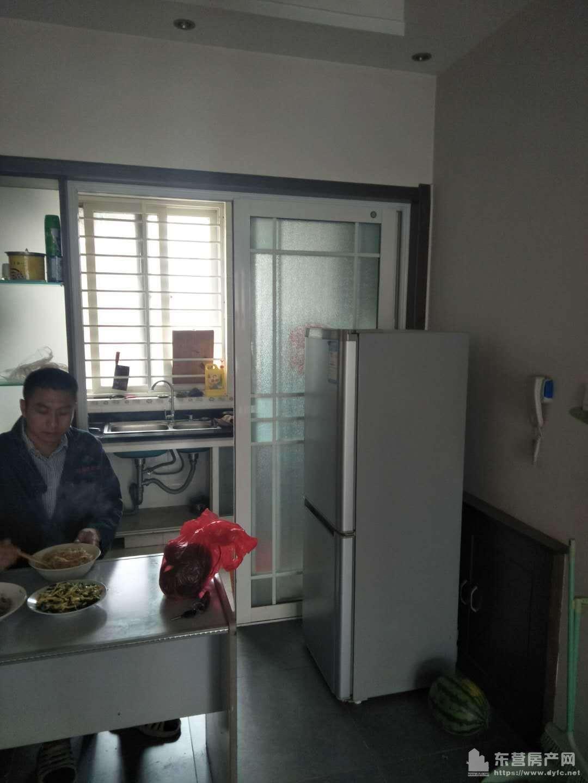 香格里拉3楼82平精装家具家电全带20平车库年租1万真实图片