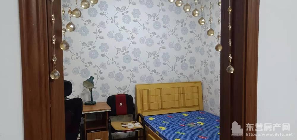 出租槟香园3室1厅1卫111平米1250元/月住宅