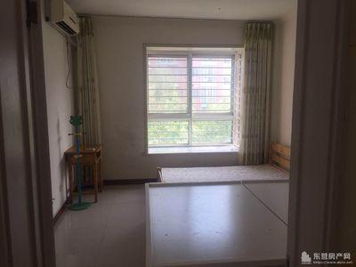 首租:科达B区2楼中间户120车库28精装家具家电全2.6万/年有钥匙