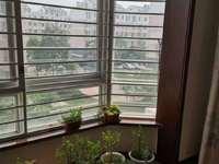 胜宏美居3楼105 带大车库新装修。