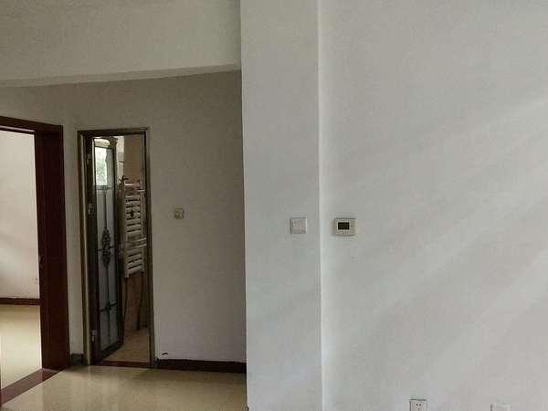 状元府邸楼带院子125平152万3室2厅2卫精装