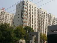 东城富海城市印象三楼出售,121平米,储藏室4平米,有车位,三室两厅一卫。