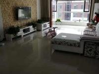 东城格林锦城4楼127平带车库28平精装三室两厅150万议价