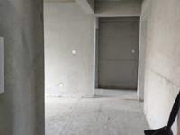 明佳花园17楼110平储藏室毛坯3室115万