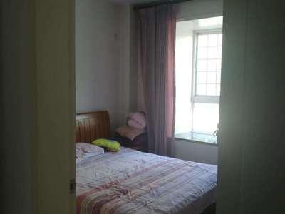 安盛南区3楼165平精装4室2厅2卫首租2.6万出租