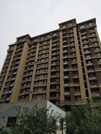 状元府1楼带院子120平155万