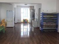 科达E区2楼143平,26车库 简装,邻科达小学、科达伟才幼儿园,急用钱,不议价