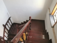 安和南区5楼加阁楼162平精装3室2厅2卫带大车库106万