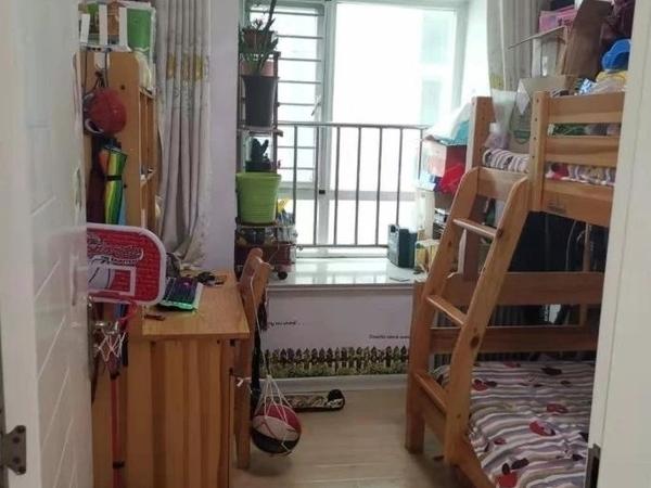 东城瑞璟国际公馆6楼82平2室证满急售!!
