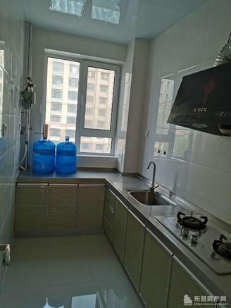 明佳花园五楼三室一厅精装修双实验学区房现房急售