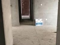 金山小区1楼带车库123平98万有地下室