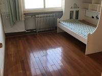 东城明月小区 十二村 4楼131平3室中装带地下室满五年急售