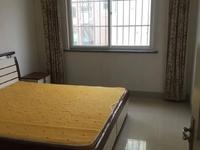 翡翠园3室2厅1卫 带30多平方朝阳大车库,房