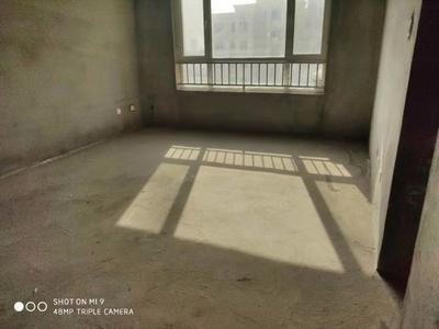 东城明佳花园10楼共11楼124平3室2厅地下室12平130
