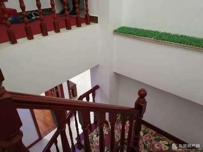 东城东辰鉴墅4-5层复式面积300平前储藏室后车库210万豪装一年六室三厅三卫