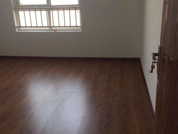 丰收家园8楼3室2厅2卫带地下室